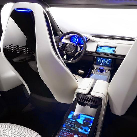 Jaguar C X 17 SUV 2015