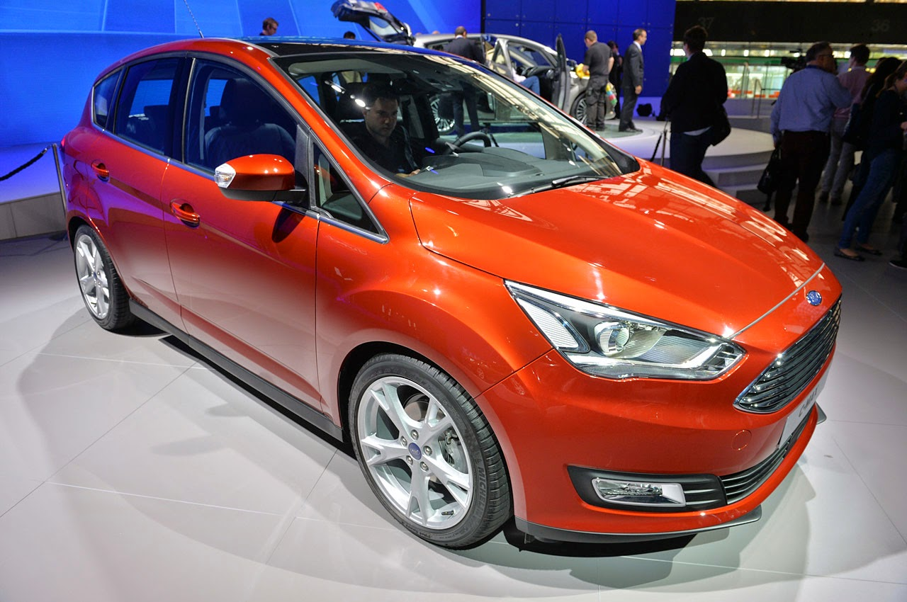01-2015-ford-c-max-paris-1