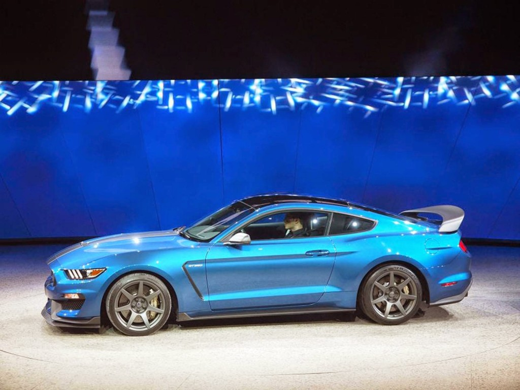 Ford Mustang Shelby GT350R 2016
